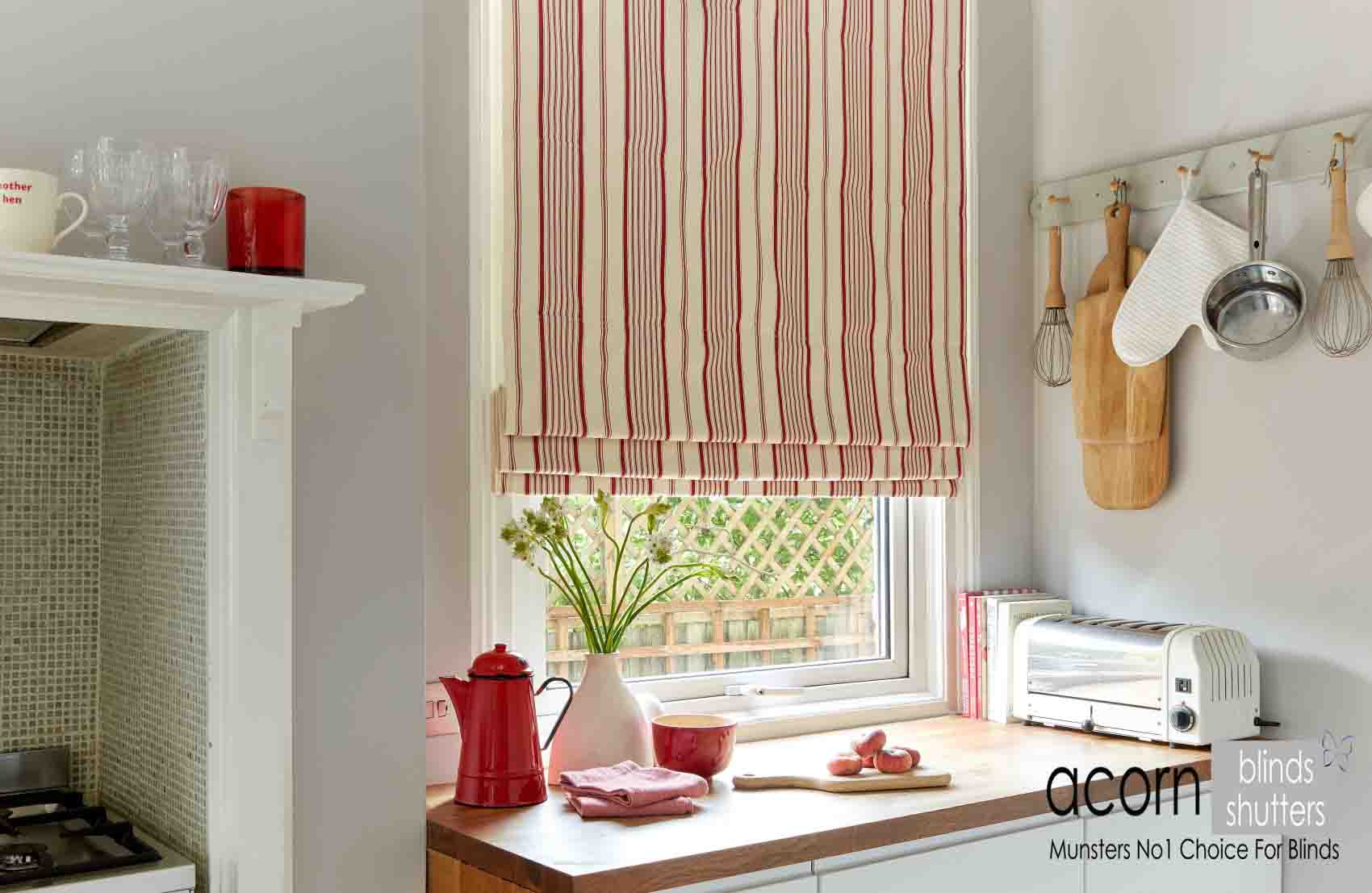The Advantages Of Roman Blinds Over Curtains